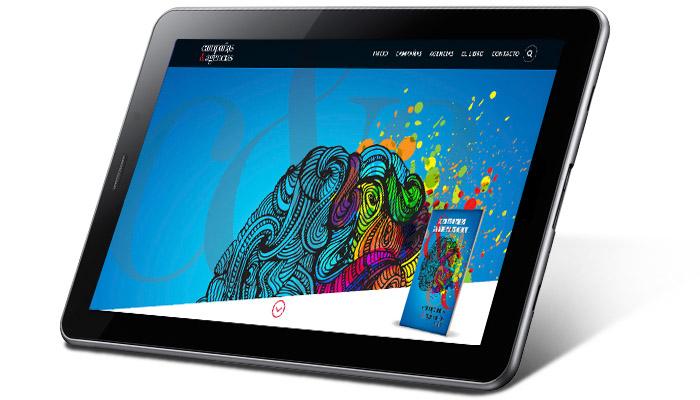 Tablet con portada de CyA.do