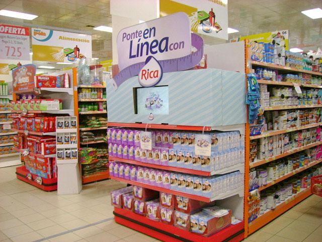 Juego interactivo en gondola de un supermercado