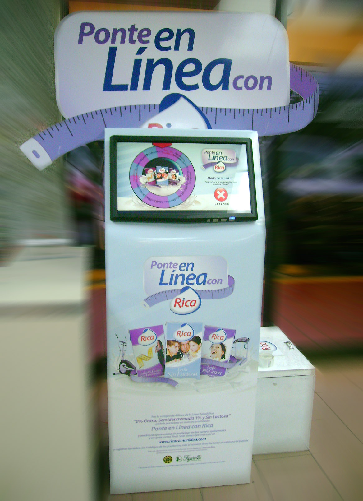 Juego interactivo en kiosko touchscreen